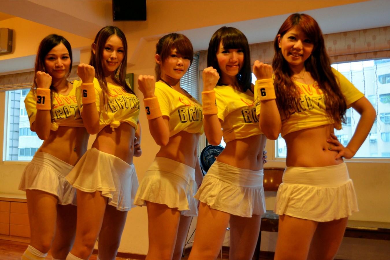 日本肉食系_【即ハボ】日本上陸してほしすぎる台湾美女のチアガール集団 ...