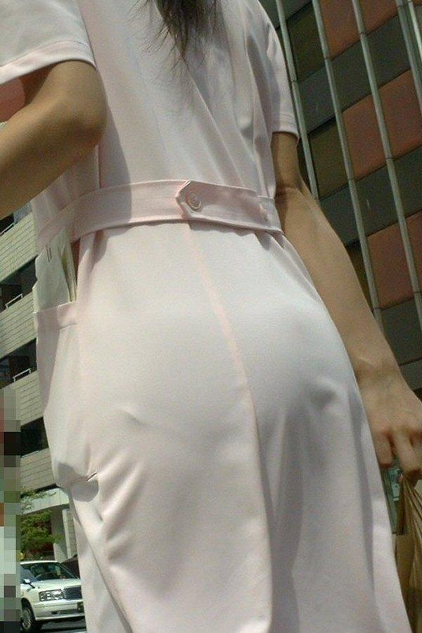 お仕事中のナァス・看護師さんのデカ尻の透けパンがえろすぎて辛いwwwwwwwwww(秘密撮影写真あり)