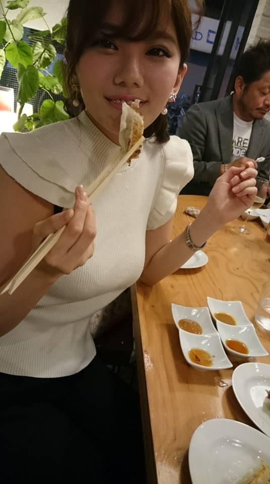 ミス近大「伊東紗冶子」の着衣ロケット乳ニットが凄い・・・(TVえろキャプ写真あり)