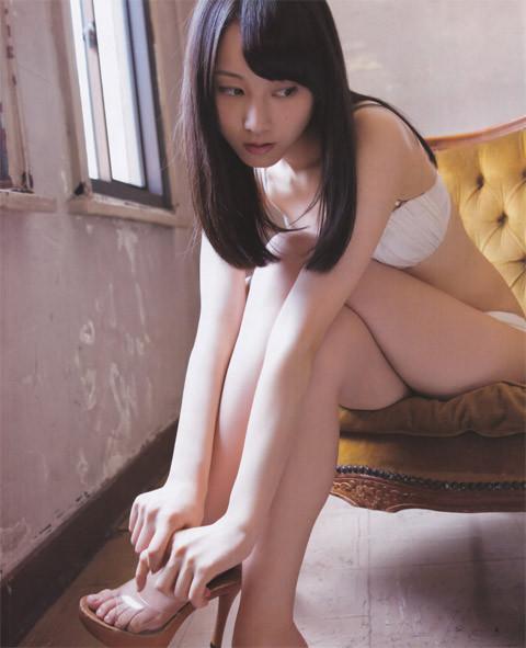 元SKE48の松井玲奈が相当えろい細身美足体なんだが知ってた?wwwwwwwwww(グラビア写真あり)