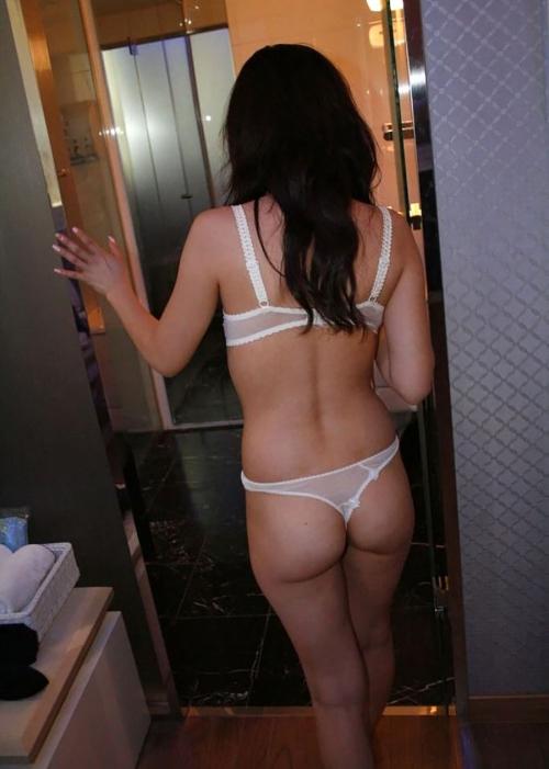 お盆休みにHOTELやお家で恋人の下着姿を拝みまくった勝ち組リア充の流出リベンジポルノえろ写真wwwwwwwwww