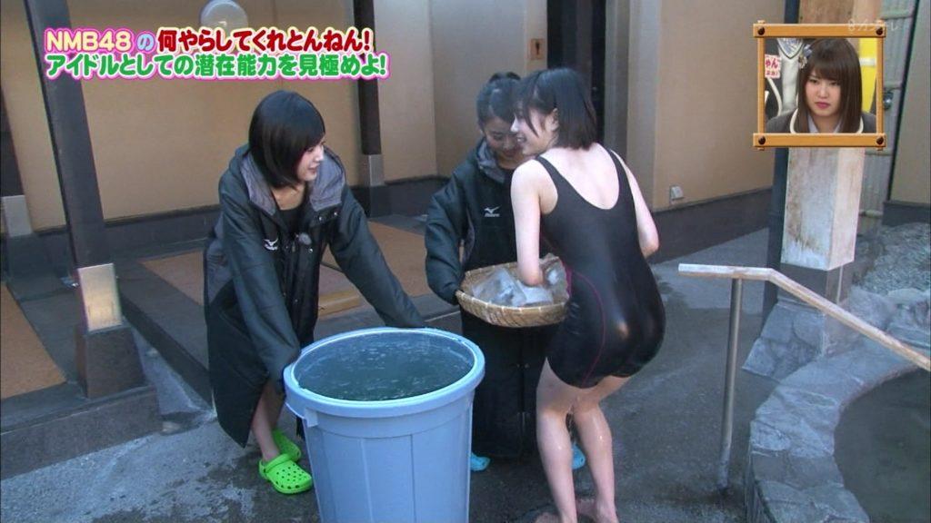 NMB48の競泳ミズ着えろ写真30枚☆若いメンバーのピッチリお乳にお尻がえろすぎる☆