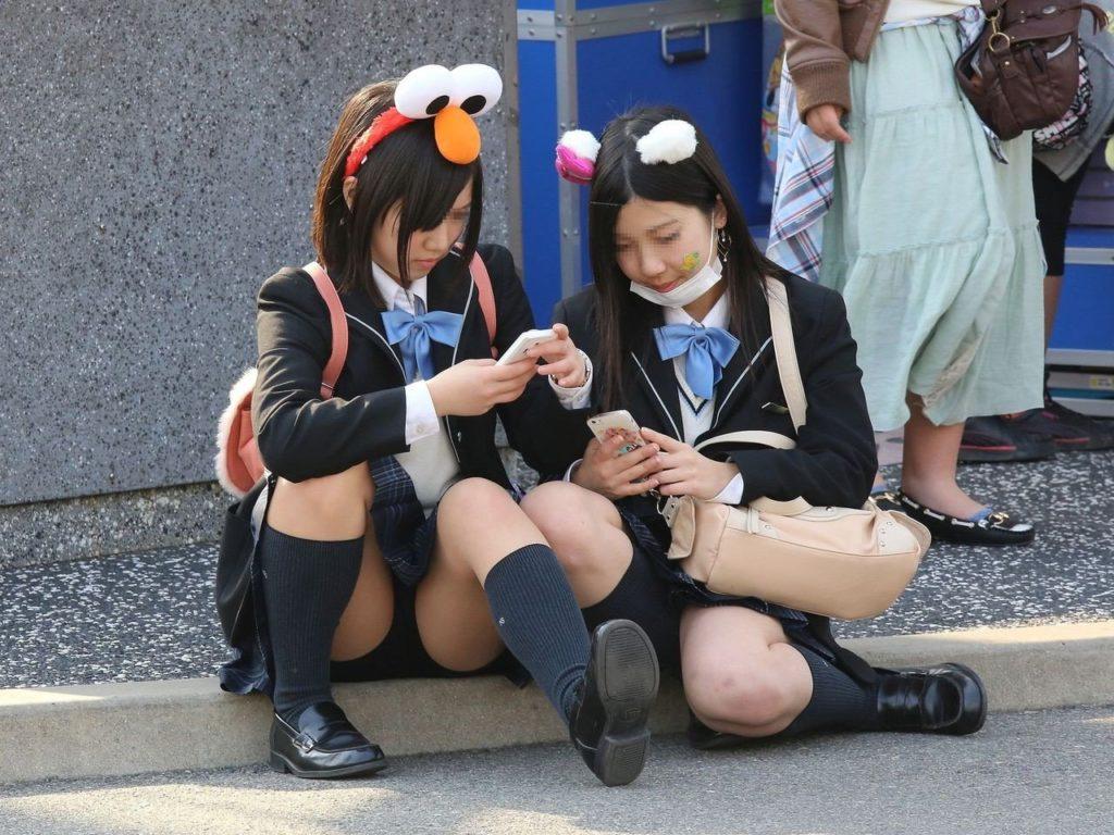10代小娘のセックス写真20枚☆パンツ丸見えも着替えも全部えろい☆