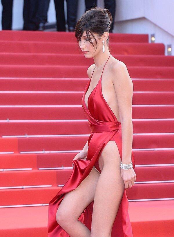 海外セレブのドレス姿が卑猥過ぎるエロ画像18枚 表紙