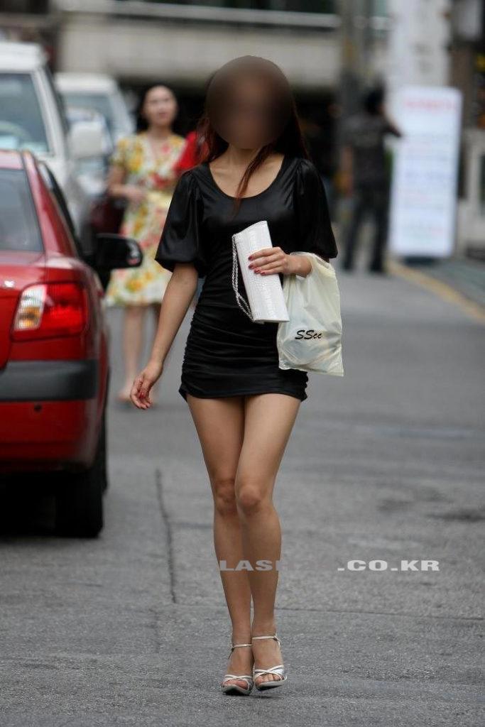 なぜか美脚が多い韓国娘のエロ画像30枚